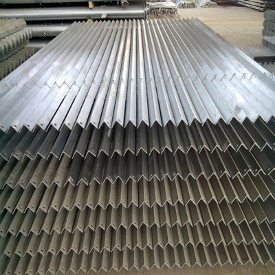 30# X 3mm X 6meters Hot DIP Iron Angle with Holes